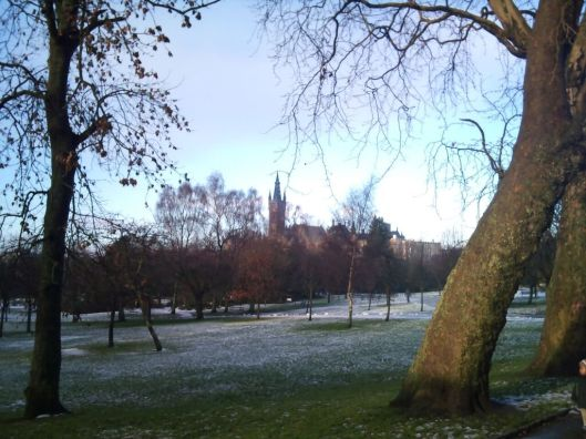 A view of the University of Glasgow from Kelvingrobe Park